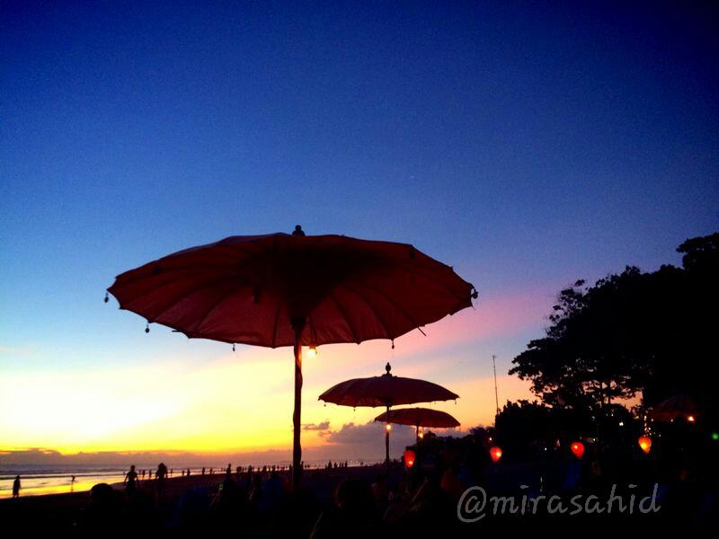 Sunset Seminyak - Bali (foto dok Pribadi)
